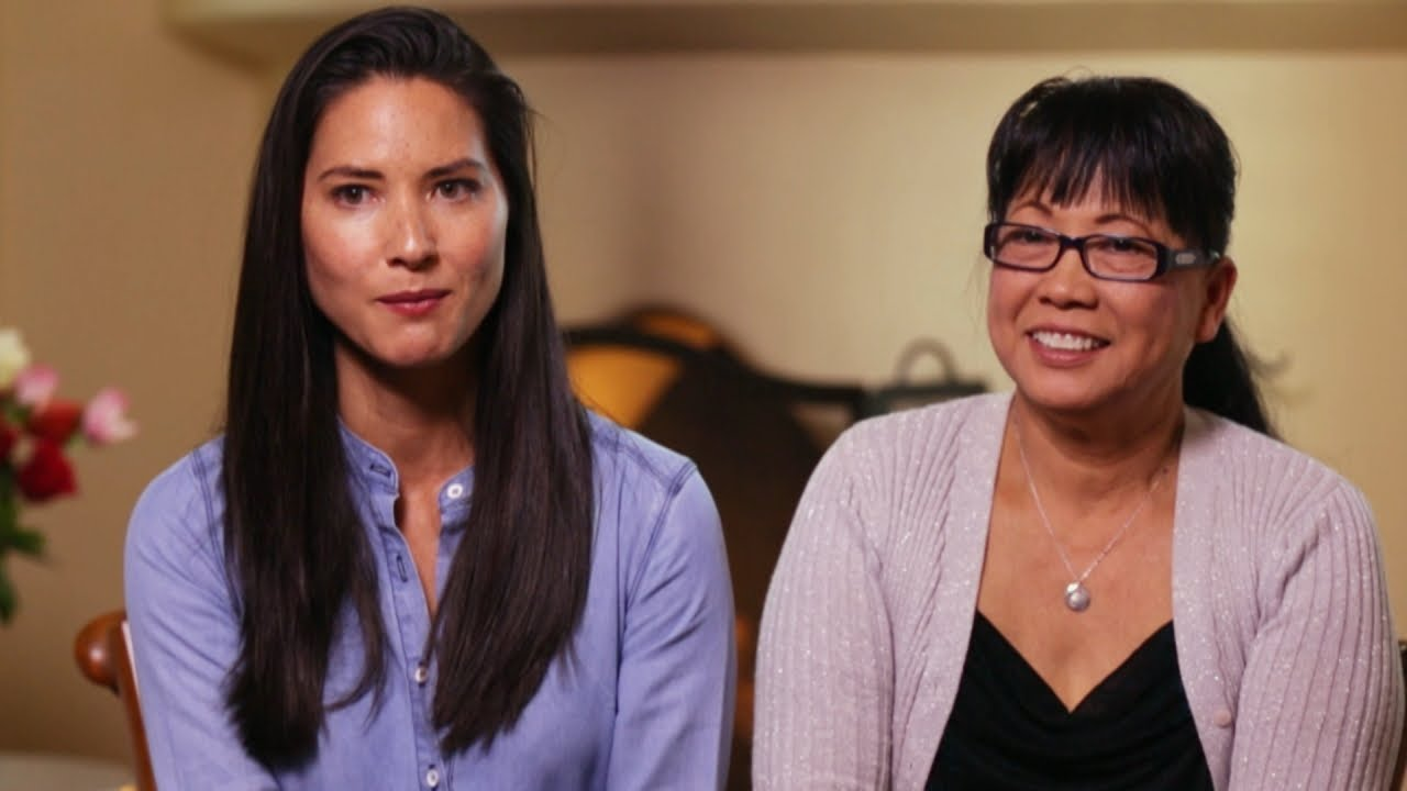 Theresa Reads Olivia Munn's Skeptical Mother - YouTube