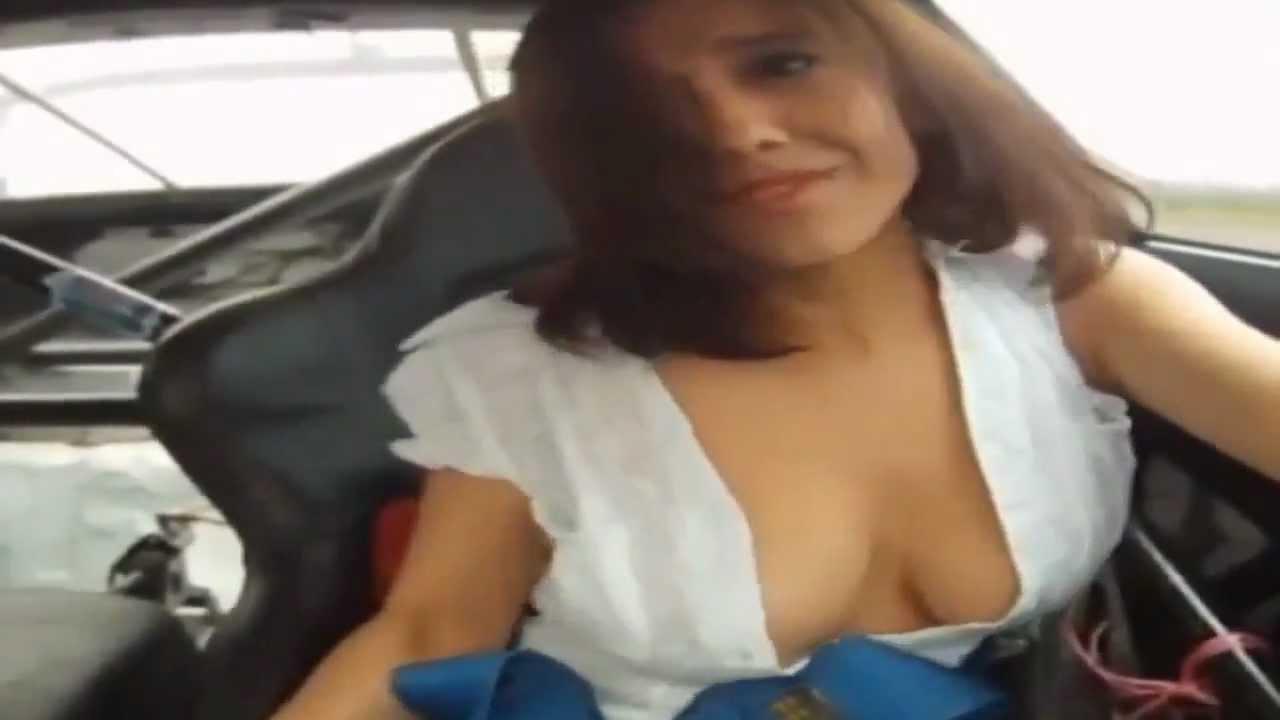 Nacked Girls Waching Your Car
