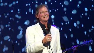 """ROCK & ROLL LULLABY"" - BJ Thomas - Riviera Theater - 10/13/2018"