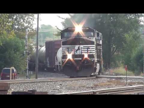 Norfolk Southern 3 locomotive manifest in Muncie Indiana