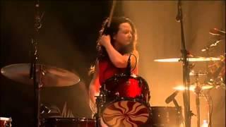 The White Stripes - Glastonbury 2005 - 12 Hardest Button To Button