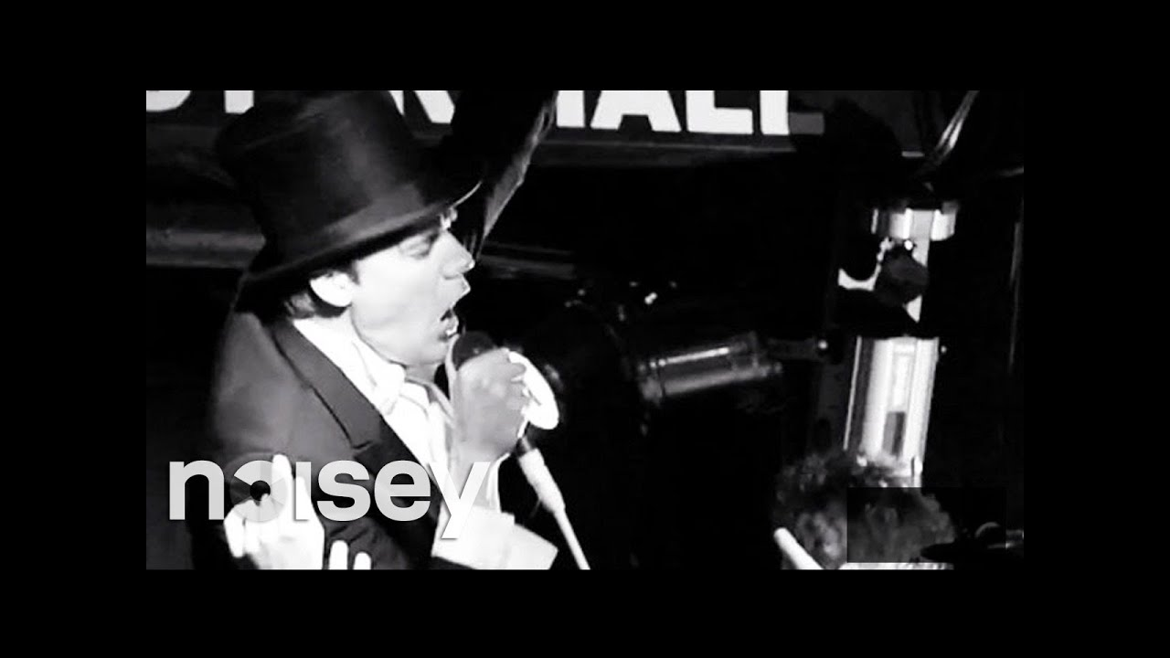 """The Hives – """"Come On"""" & """"Try It Again,"""" live in New York"""