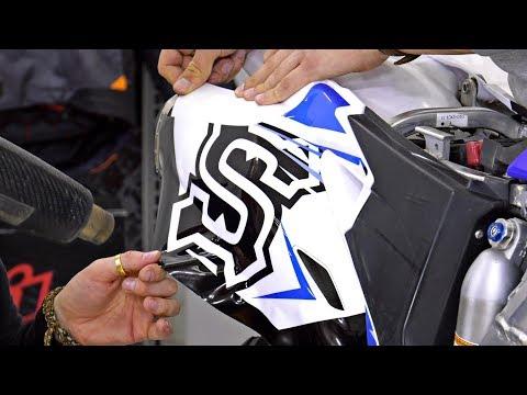 Наклейка Графики на Мотоцикл