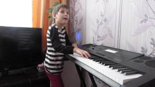 Карина Ватютова из поселка Кожласола не видит, она пишет музыку сердцем