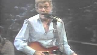Carl Perkins w/ Rosanne Cash - Jackson - 9 / 9/1985 - Capitol Theatre (Official)