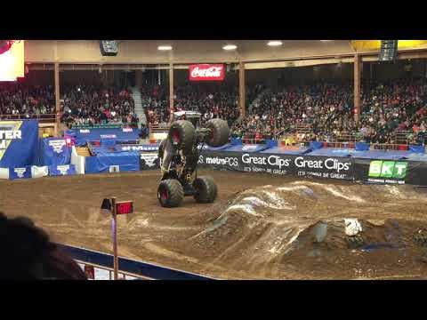 Monster Jam highlights - Albuquerque, NM