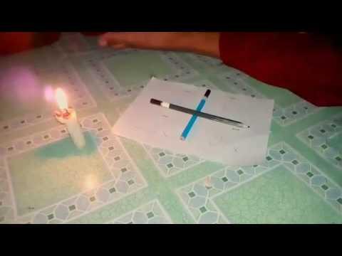 permainan pemanggil setan(charlie charlie challenge)