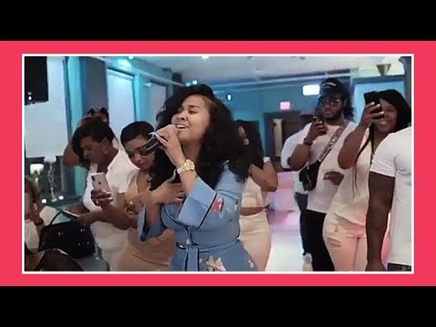 Tammy Rivera Sings Down For Couples Wedding Ceremony