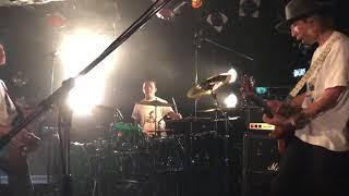 2019年12月08日、LUNKHEAD「ALL TIME SUPER TOUR」京都MOJO公演での撮影タイムにて「きらりいろ」を撮影したものです。 こちらの動画はギターの山下壮さん(と ...