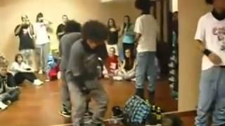رقص التؤام الفرنسي ابداع   YouTube 2
