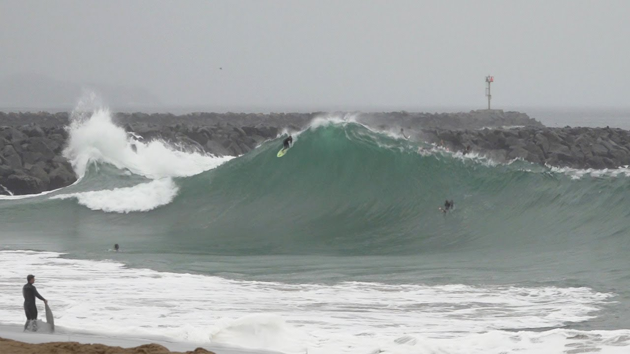 Surfers CHARGE challenging morning at The Wedge - July 1st 2020