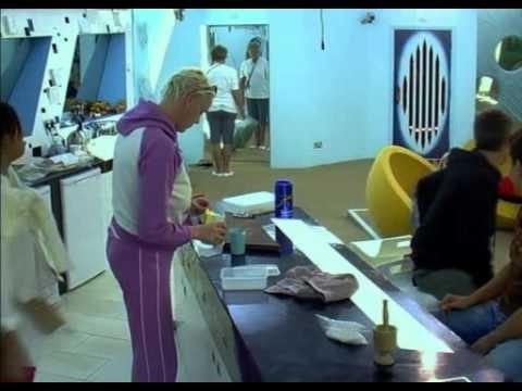 Celebrity Big Brother 2005 - Day 4.