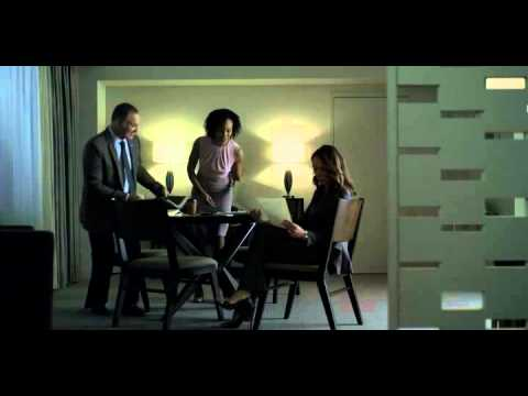 """House of Cards : """" A Message from the President """" scene"""