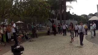 Pastor brasileiro briga com argentinos no Largo da Carioca
