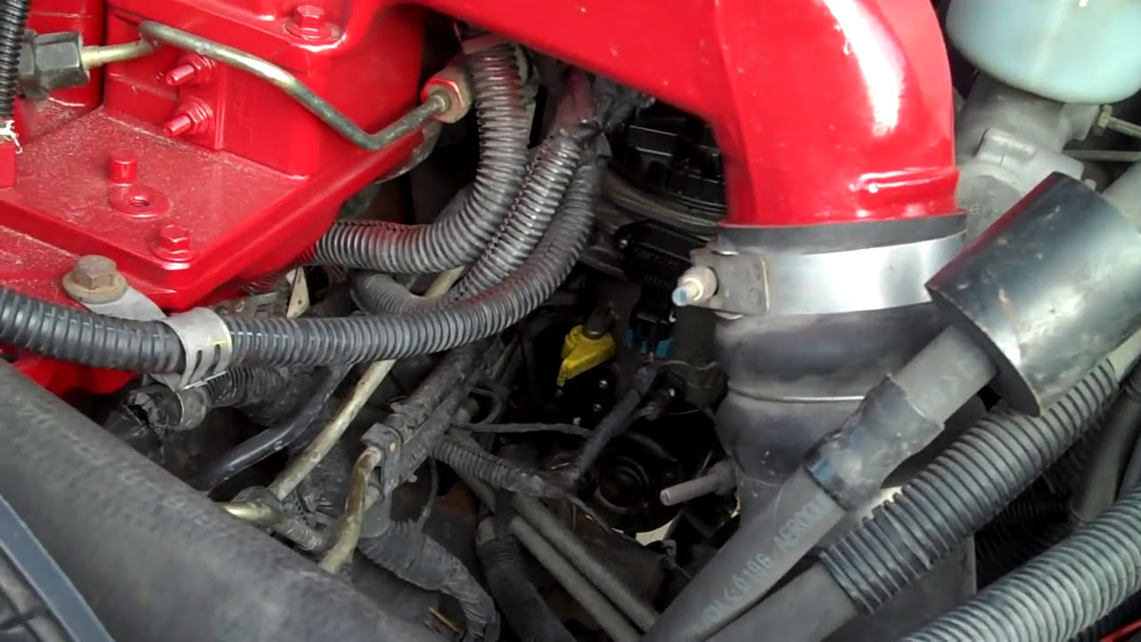 how to do a dodge diesel 2500 fuel filter change [ 1280 x 720 Pixel ]