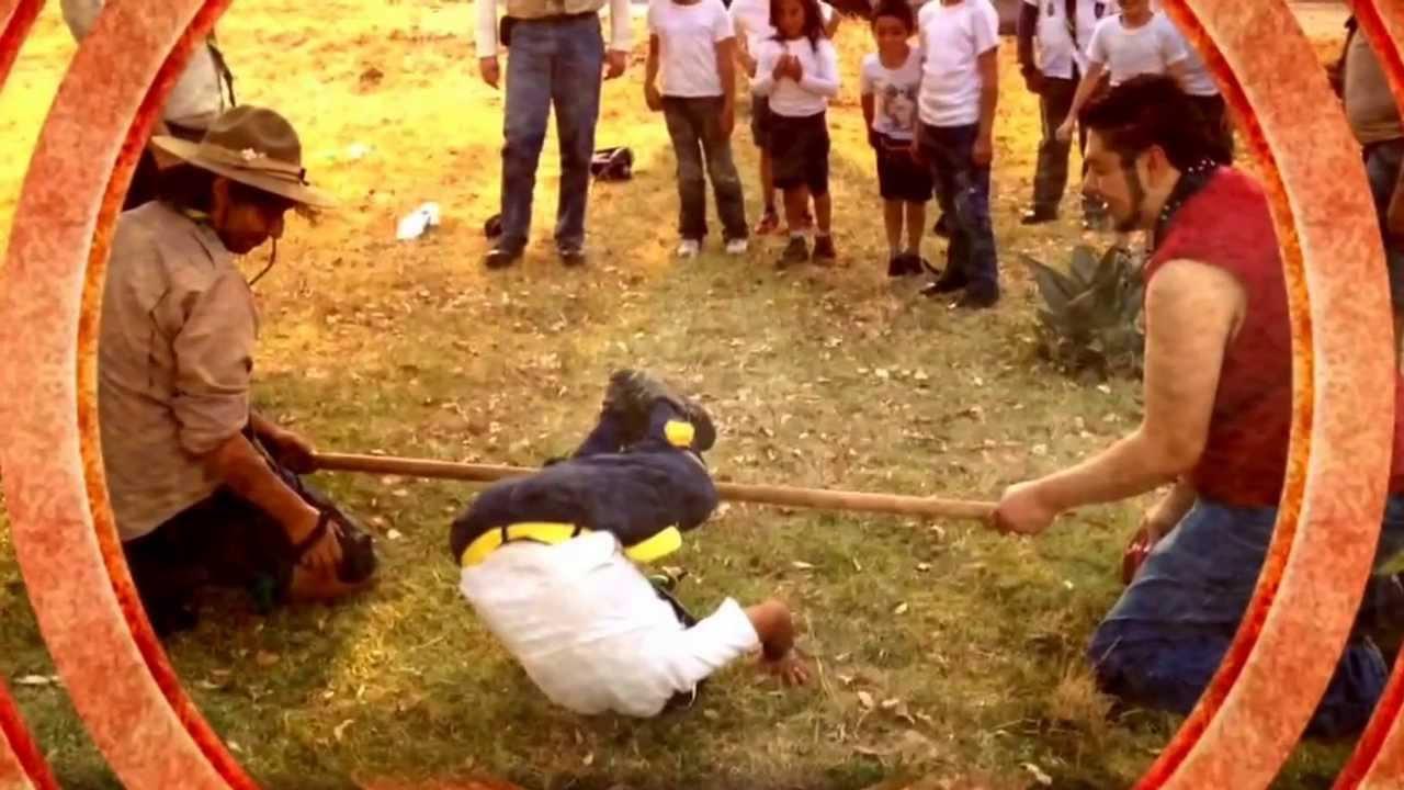 """Download Salto de tigre. Manada de Lobatos """"Hobitton y Elanor"""""""