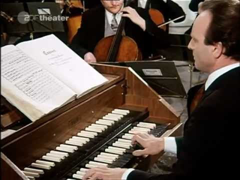 Bach-Richter-Brandenburg Concerto No.3 (HD)