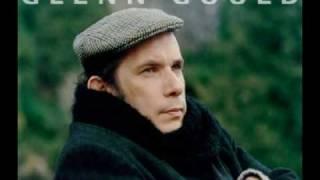 Bach WTC Volume 2 Fuga No 6 D minor Glenn Gould