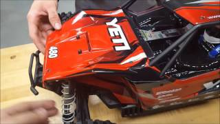 Axial Yeti XL RTR 1/8th scale unboxing Brushless 4x4 rock racer