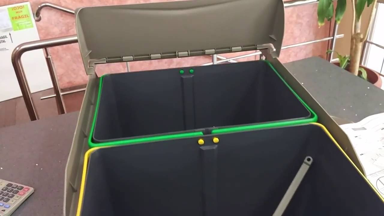 Cubo de basura extraible para mueble de cocina con for Cubo basura cocina