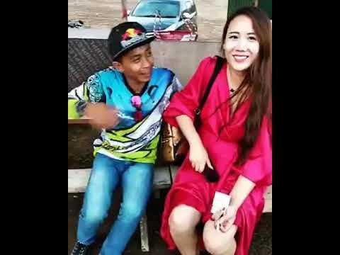 VIRAL !!!! orang palu bicara ke bule asal Cina di Bali pakai logat Palu