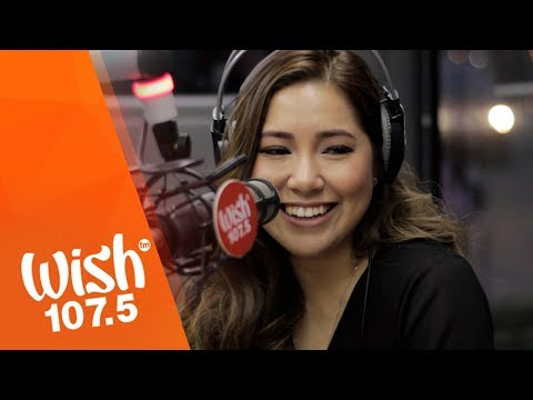 "Moira Dela Torre sings ""Torete"" LIVE on Wish 107.5 Bus"