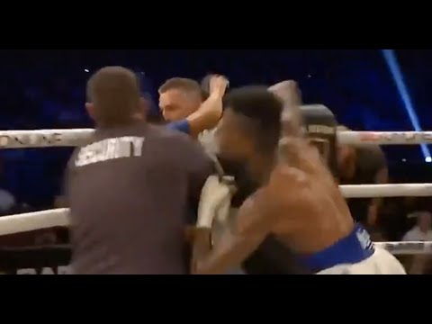 Blueface Punches Fan Who Rushed Boxing Ring After Blueface ...