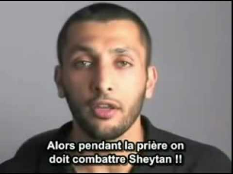 S01E06 - VOSTFR Distractions During Salat (Prayer)- Video Blog #6_