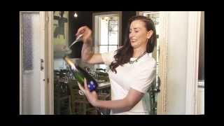How to Saber a Champagne bottle open with a flute