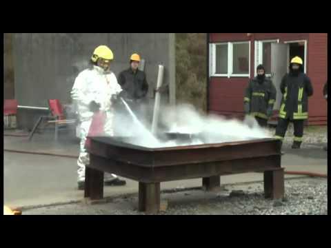 FireStopper® XL through a 9-liter FireStopper® extinguisher on Class B Fire