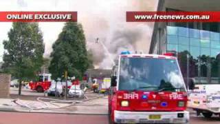 Fire destroys building at University of NSW in Kensington