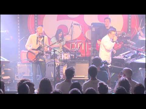 Studio Brussel: Hot Chip - Ready For The Floor & Everywhere (live in Club 69)