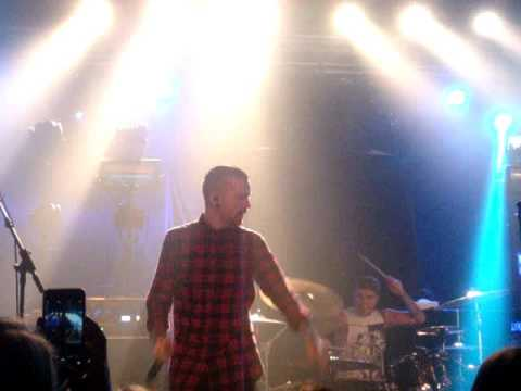 Memphis May Fire - Intro+My Generation live@Postbahnhof Berlin 14.10.15