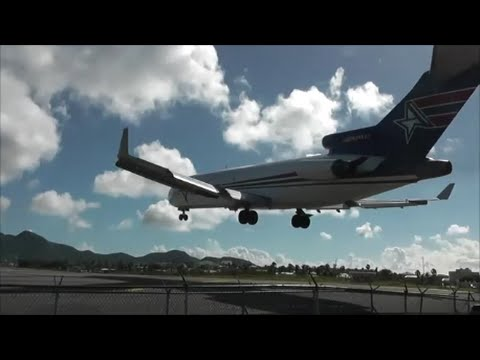 Insane Planespotting at St Maarten, Princess Juliana Int'l Airport!