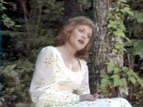 Helen Cornelius - Torn Between Two Lovers