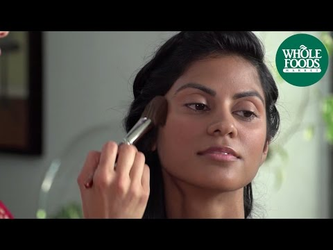 Mineral Makeup thumb