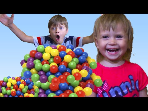 Thumbnail: Bad Baby Fight and Crying with BALLS Little Baby Learn Colors with Finger Family Song