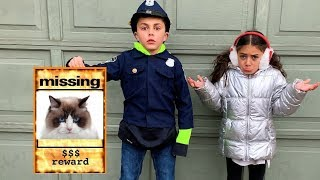 Kids Pretend Play Police Helps find Cat!