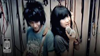 VIERRA - Dengarkan Curhatku (Official Video)