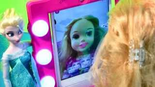 Disney Frozen Queen Elsa Doll Gives Princess Rapunzel Make-up Barbie Digital Makeover Mirror Tangled