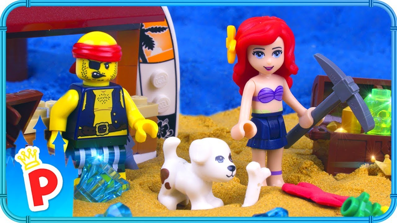 LEGO Ariel Plays TREASURE HUNT Game On The Beach