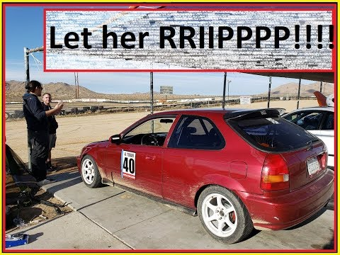 K20A2 EK hatch finally hits the Track at Apple Valley Speedway. *Lose control twice*