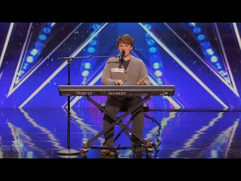 America's Got Talent 2016 Ryan Beard Hilarious Comedic Musician Full Audition Clip S11E05