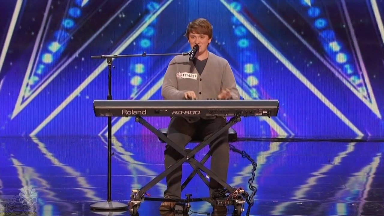 America's Got Talent Ryan Beard Hilarious Comedic Musician Full Audition Clip S11E05