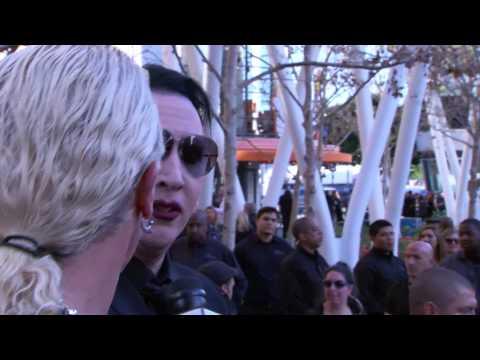 Dee Snider interviews Marilyn Manson and Kyla Kenedy from the Walking Dead