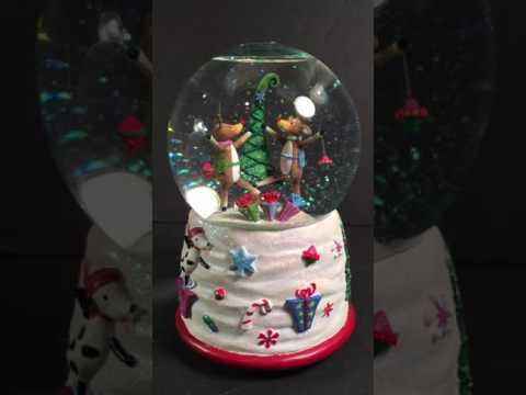 SAN Francisco Music Box Company Reindeer Juggling Musical Waterglobe