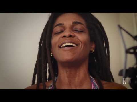 Aline Lobo - Na Rua - Bim Bom Records #9