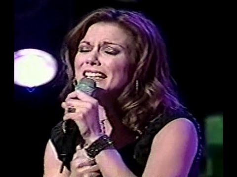 Live   Martina McBride   A Broken Wing   In Memory of Margie