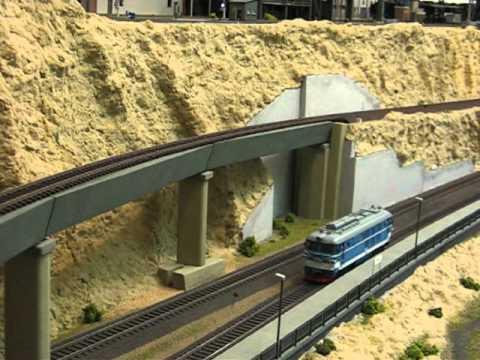 BJ double diesel-hydraulic locomotives