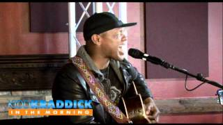 "Javier Colon ""In Your Eyes"" Live Acoustic Peter Gabriel Cover"